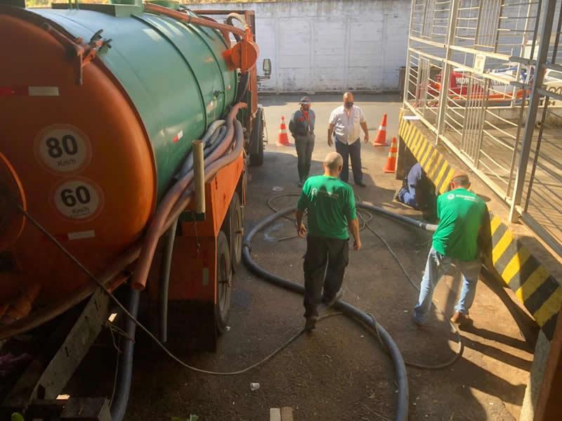 Hidrojateamento para limpeza de esgoto